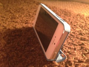 Magnetic Smart Cover and Stand Case for iPhone 5 – Review
